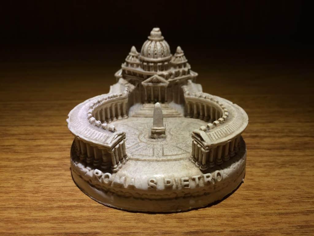 Miniatura da Praça de São Pedro com Vaticano