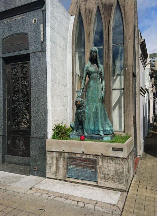 Histórias del cementerio de la Recoleta