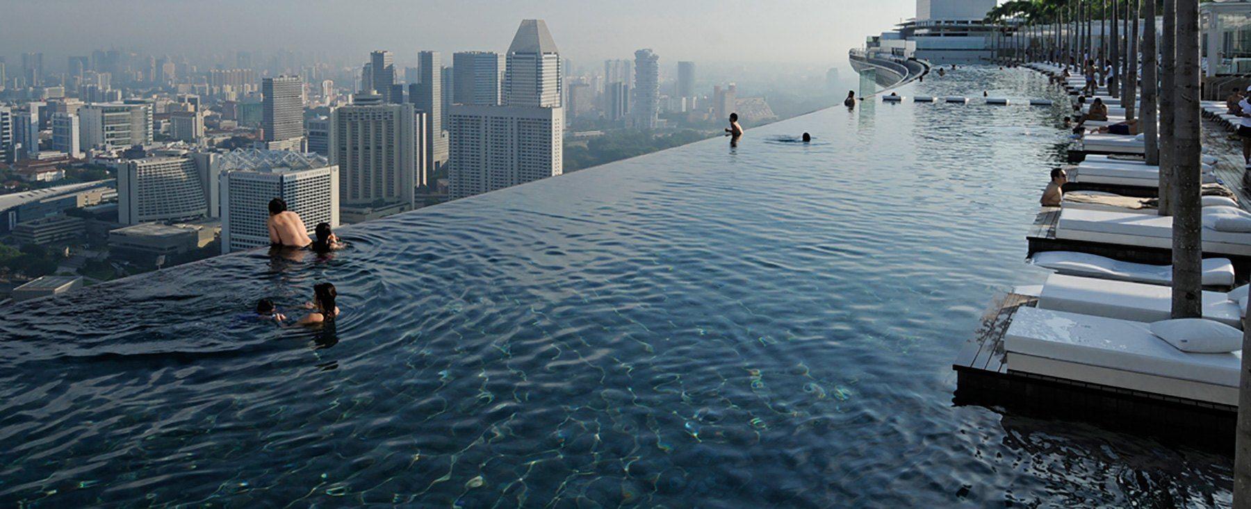 marina bay sands resort pool skyline - Conheça 12 dicas sobre piscinas e os 10 projetos mais fascinantes