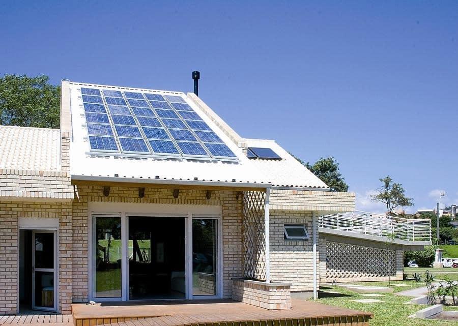 painel solar - Arquitetura sustentável em projetos de arquitetura