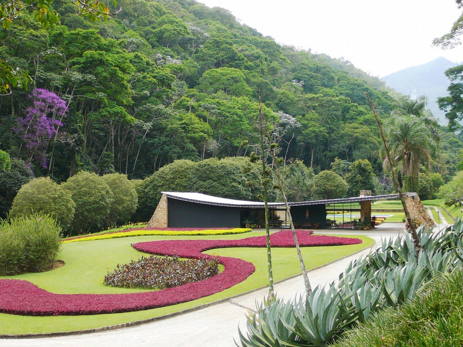 burle marx a arquiteta2 - Maiores arquitetos brasileiros: conheça os principais nomes da nossa arquitetura