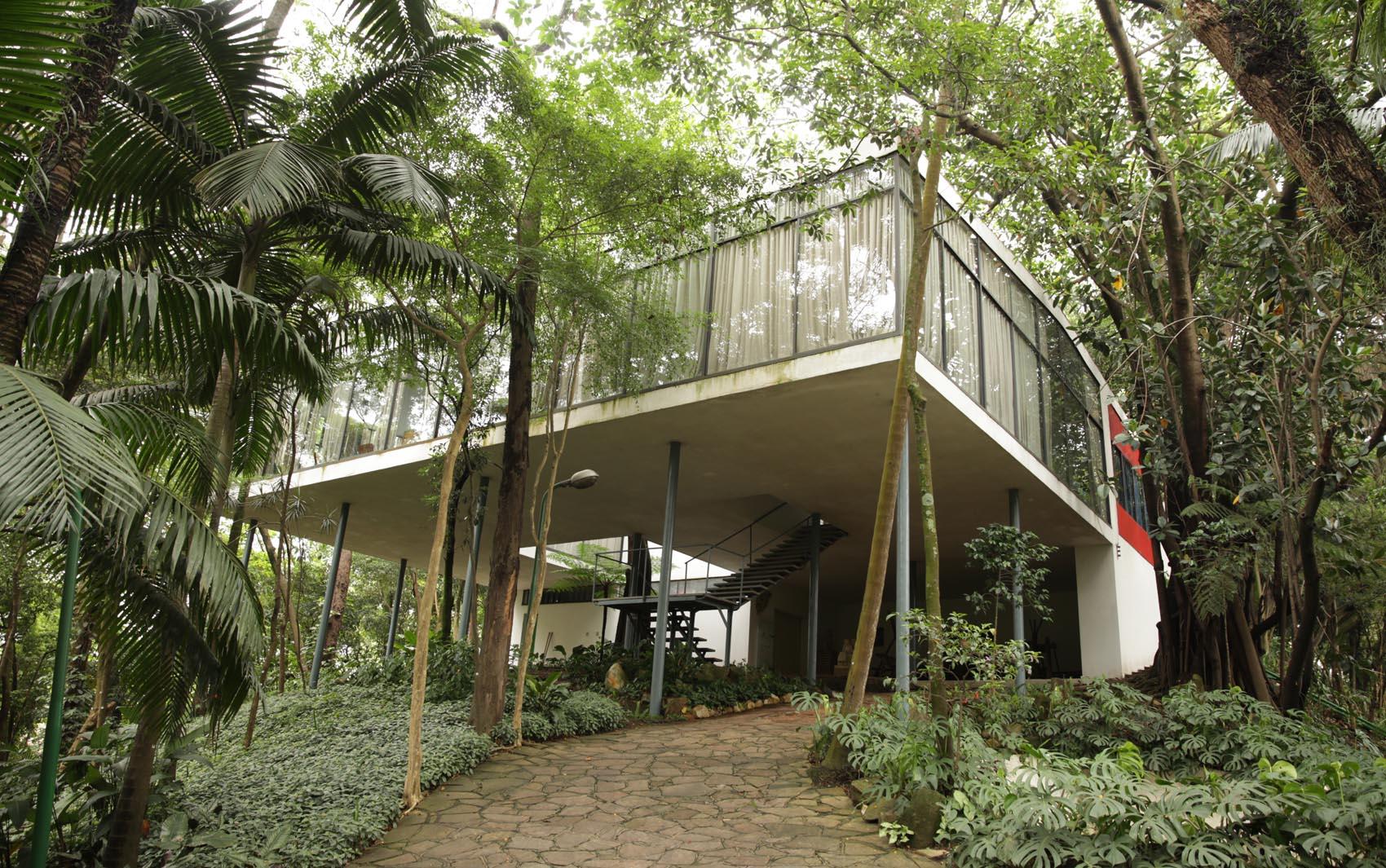 lina bo bardi a arquiteta2 - Maiores arquitetos brasileiros: conheça os principais nomes da nossa arquitetura