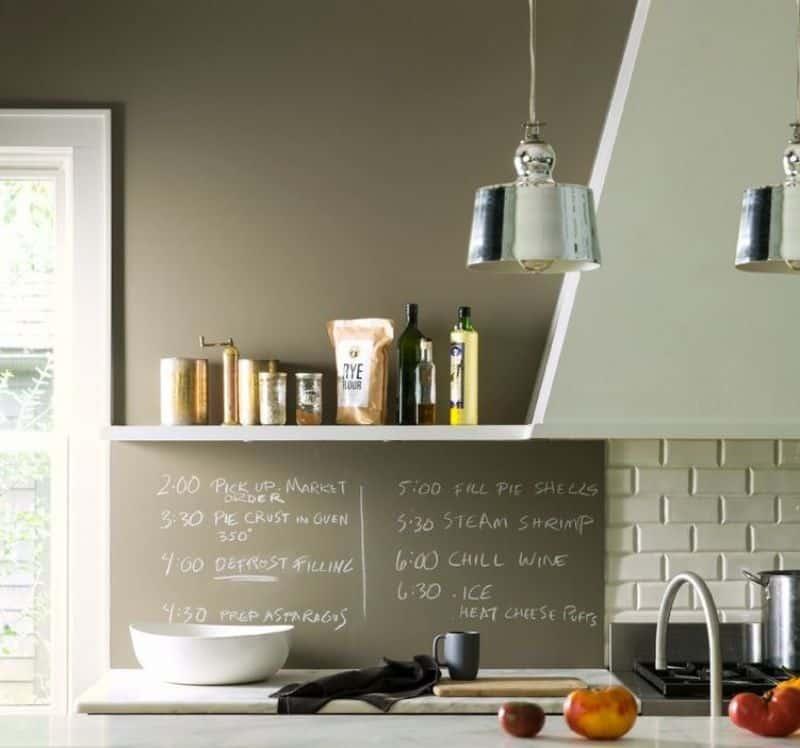 cozinha com dois lustres - Os 10 Mandamentos da Pintura