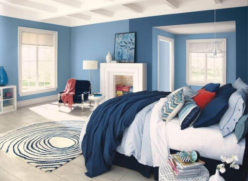 quarto casal com paredes azul - Os 10 Mandamentos da Pintura