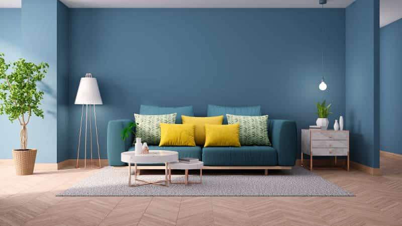 sala com parede azul e vasos de plantas - As cores pantone do ano para 2020 foram anunciadas acidentalmente?